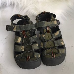 Boys camouflage hiking/water sandals